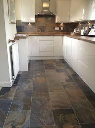 Best Floor For Kitchen And Living Room by Best 25 Slate Floor Kitchen Ideas On Pinterest Grey Slate Tile