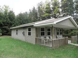 Sled Shed Gaylord Mi Hours by Lazy Acorn Cabin Rental Homeaway Boon