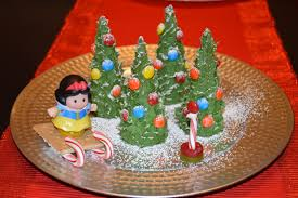 Rice Krispie Christmas Trees White Chocolate by Strawberry On Top Christmas Fun Macaroni And Cheesecake