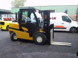 Fork Lift Truck Hire Telescopic Handlers Scissor Lift Rental Fork ... Forklift Truck Traing Aessment Licensing Eoslift 3300 Lbs 15d Scissor Lift Pallet Trucki15d The Home Depot Genie Gs 1932 Trailer Packages Across Melbourne Victoria Repair Repairs Dot Hydraulic Table Cart 660 Lb Tf30 Mounted Man Ndan Gse Custers Vehiclemounted Scissor Lift 1989 Chevrolet Chevy Gmc C60 Liftbox Roofing Moving Cstruction Transport Services Heavy Haulers 800 9086206 800kg Double Truck Maximum Height 14m