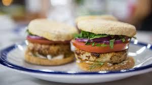 Trisha Yearwood Spiced Pumpkin Roll by Sandwich Recipes Today Com