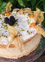 joghurt sanddorn torte mit haselnuss biskuit speedelicious