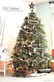 Adorned With Popcorn Garland And Rustic Touches This Old Fashioned Christmas Tree Will Bring