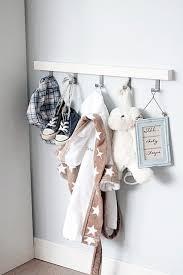 patère chambre bébé porte manteau mural pour chambre bebe manteaux tinours candide lzzy co