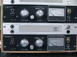 Ampeg V4 Cabinet Ohms by Roberts Akai Preamp Mod