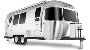100 Pictures Of Airstream Trailers 2019 International Serenity
