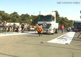 World's Strongest Men Compete In Truck-pulling Contest In Jordan ...