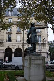 bureau de poste 75016 file 75016 place rochambeau 20141025 2 statue jpg