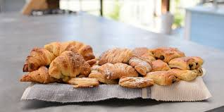 Viennoiseries Orange And Almond Croissants Pain Au Chocolat Sfogliatelle