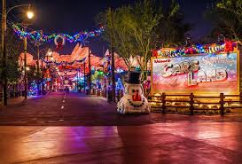 Adventures In Decorating Facebook by Ultimate 2017 Disneyland Christmas Guide Disney Tourist Blog