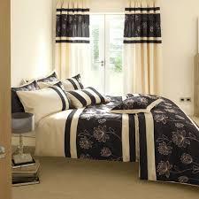 Schlafzimmer Vorhã Nge Schlaf Gut Tipps Für Die Richtige Zimmereinrichtung