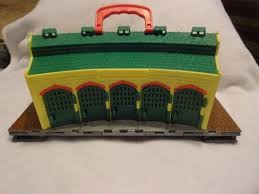 Tidmouth Sheds Wooden Roundhouse by 2009 Mattel Thomas The Tank Engine Take N Play Tidmouth Sheds