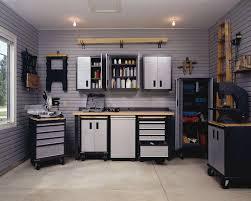 Kobalt Cabinets Vs Gladiator Cabinets by Best 25 Husky Workbench Ideas On Pinterest Heavy Duty Workbench