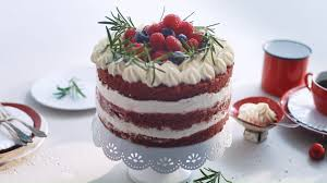 die rote farbe bekommt der velvet cake durch den rote