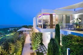 Ultra Luxury Villas • Villa Guru