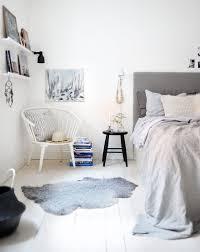 what does chambre in chambre grey gris drap en couette bedroom decor