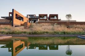 100 Van Der Architects Mirroring Natures Everlasting Beauty House Boz In South