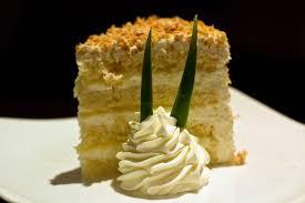 Tommy Bahama s Island Grille – Pina Colada Cake