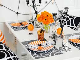 Halloween Table Decorations Youll Want To Keep Up All Year