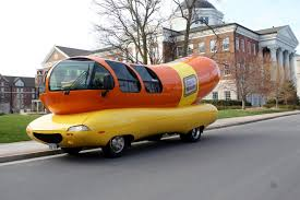 Belmont Vision – Hot Diggity Dog: On Board The Oscar Mayer Wienermobile