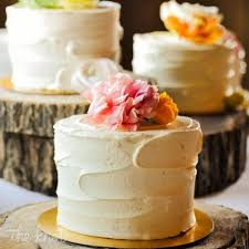 Image Result For Multiple Single Tier Wedding Cake Display