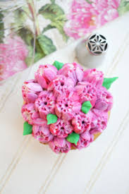 Cakes Decorated With Russian Tips by 58 Best Cakes Images On Pinterest Icing Tips Decorating Tips