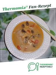 tom kha gai hühnersuppe mit kokosmilch thailand