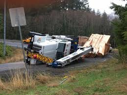100 Truck Rollover Lumber Truck Rollover Causes Delays At Highway 26 101 Junction