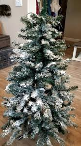 Charming Decoration How To Flock A Real Christmas Tree Easily With