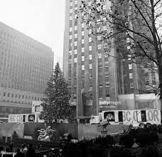 Rockefeller Plaza Christmas Tree Lighting 2017 by O Canada Fifty Years Ago Rockefeller Center Hosts A Foreign