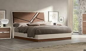 schlafzimmer komplett set mehrfarbig braun beige stil modern