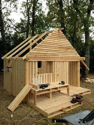 Pallet Building Cabin Clubhouse Build Your Own Pallets Teenager Hideaway Fun Crafts