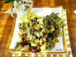 cuisiner des pommes de terre nouvelles recette de fricassée d artichauts pommes de terre nouvelles