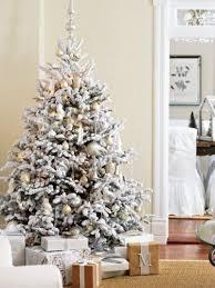Flocked Christmas Tree Via Peeking Thru The Sunflowers Blog