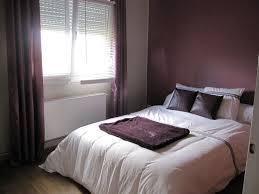 chambre beige et taupe chambre aubergine et gris valuable inspiration chambre aubergine et