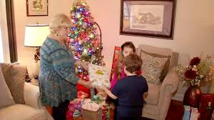 Christmas Tree Amazon Local by Warning New Scam Targets Amazon Holiday Shoppers Abc7ny Com