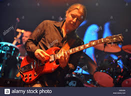 Derek Trucks Stock Photos & Derek Trucks Stock Images - Alamy Derek Trucks On David Bowies Death Tedeschi Band Ready For Northeast Run Wamc Of Plays Tribute To His Longtime Gibsoncom Sg Rembers His Uncle Butch Filederek Todd Smalleyjpg Wikimedia Commons 100 Greatest Guitarists Rolling Stone Reel Muzac Pinterest Trucks Watch Bands Emotional Tribute In St Key To The Highway 81309 Lincoln Center Youtube Stillrock Tedeschitrucks Apollo Theater Amazoncom Music