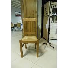 chaise en ch ne massif neha promotion chaise en chêne massif rustique avec assise en paille