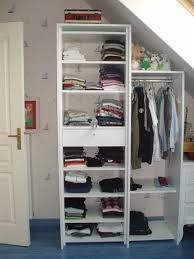 petit dressing chambre petit dressing chambre à portes coulissantes