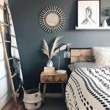 schlafzimmer mit dunklen wänden zimmer einrichten wohnung