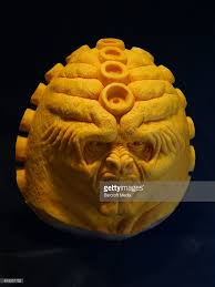 Ray Villafane Pumpkins by 12 Amazing Carved Halloween Pumpkins Pumpkins In The Hands Of