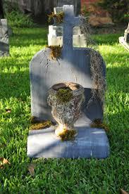 Awesome Halloween Tombstones by 926 Best Haunt Graveyard Images On Pinterest Halloween Graveyard