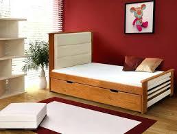 chambre bebe bois massif lit bebe bois massif lit enfant en bois massif avec tate de lit