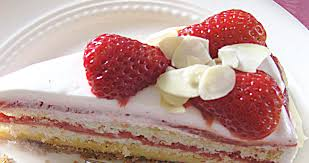 erdbeer rhabarber torte stina spiegelberg