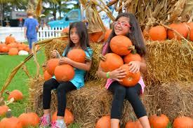 Coconut Grove Halloween Festival by Family Friendly Halloween 2015 Events In Miami Miami New Times