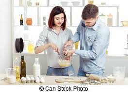 couples amour cuisine automne cuisine amour photos de stock rechercher des