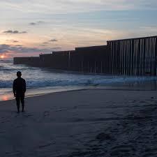 Deportado Dos Veces Este Hombre Lucha Para Salvar A Su Familia