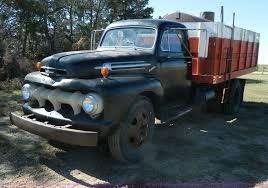 1952 Ford Grain Truck | Item AZ9111 | SOLD! December 30 Ag E...