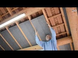 isoler facilement la sous toiture avec des panneaux de polystyrène