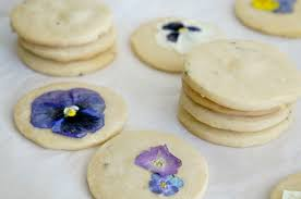 Decorated Shortbread Cookies by Lavender Shortbread Cookies With Edible Flowers 52weeksofsweets